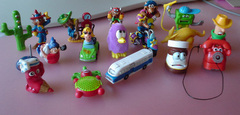 kinderegg toys.JPG